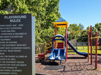 Onsite children's playground at Onyx Winter Park in Casselberry, Florida