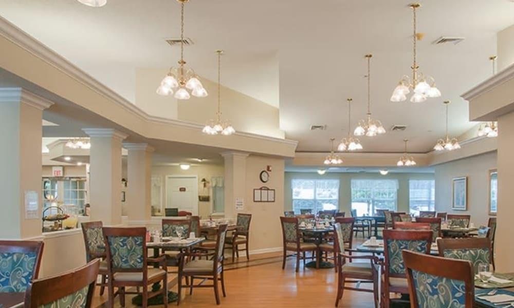 Restaurant-style dining at Randall Residence of Newark in Newark, Ohio