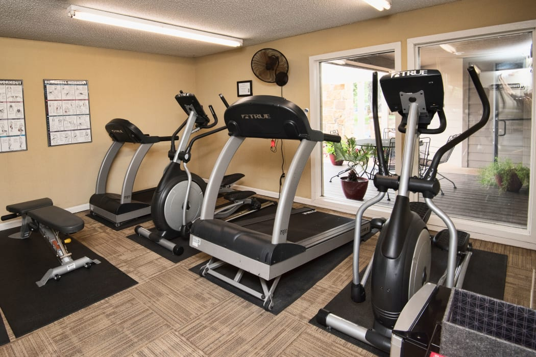 Fitness center at Aspen Park Apartments in Wichita, Kansas