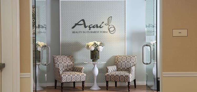 Get a new look, courtesy of our on-site Salon, Açai, here at Maplewood at Southport in Southport, Connecticut