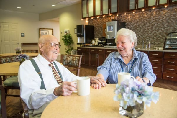Dining in the bistro at Heritage Green Assisted Living in Mechanicsville, Virginia