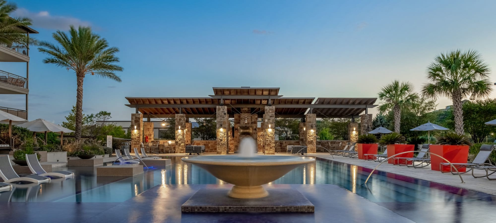 Apartments at Marquis Cresta Bella in San Antonio, Texas