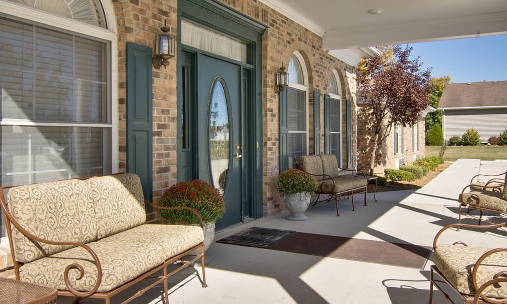 Front porch at Highland Crest Senior Living in Kirksville, Missouri