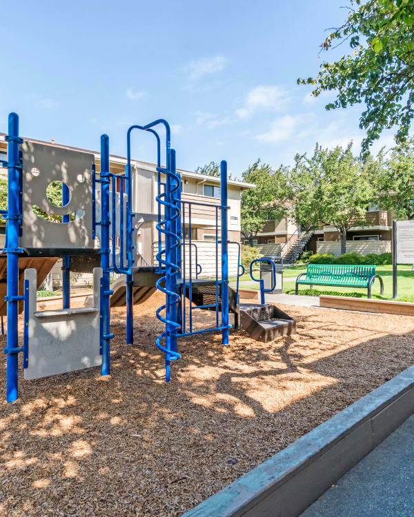 Enjoy the neighborhood at Parkside Commons Apartments in San Leandro
