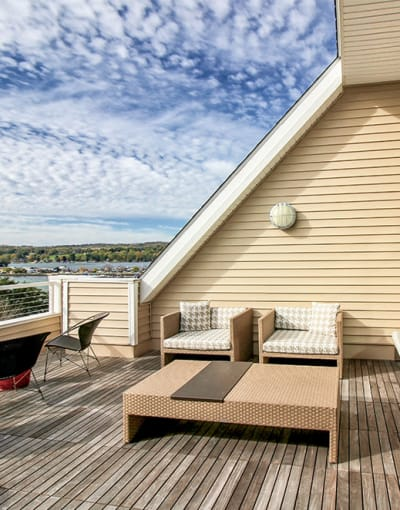 Pinnacle North Apartments's sun deck in Canandaigua, New York