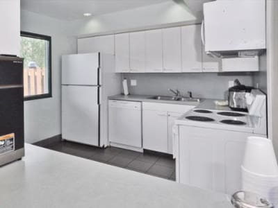 Enjoy a luxury kitchen at French Colony Apartments in Lafayette, Louisiana