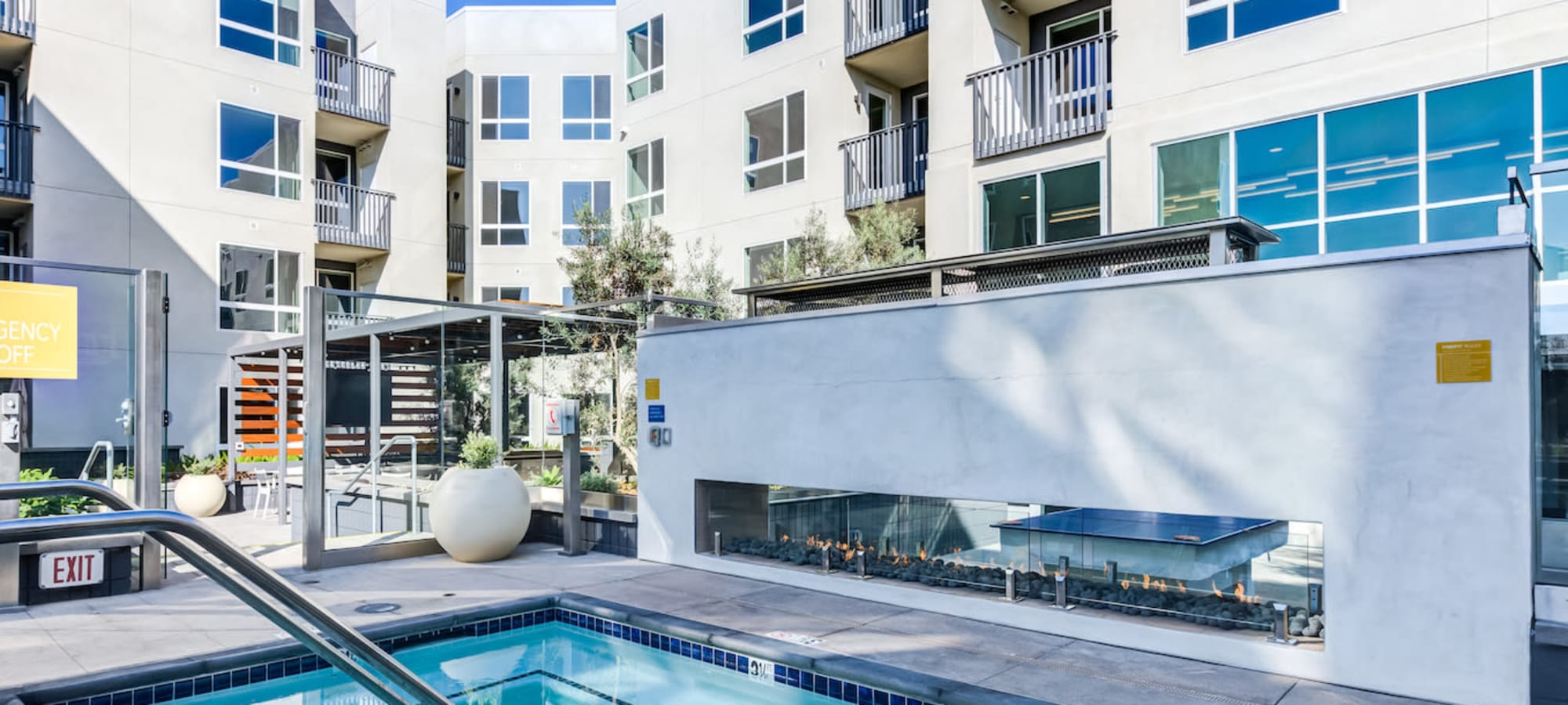 Virtual tour of The Link in Glendale, California