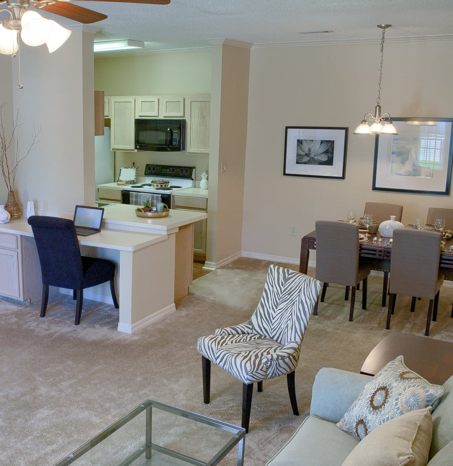 Luxury 1, 2 & 3 Bedroom Apartments In Gulfport, MS