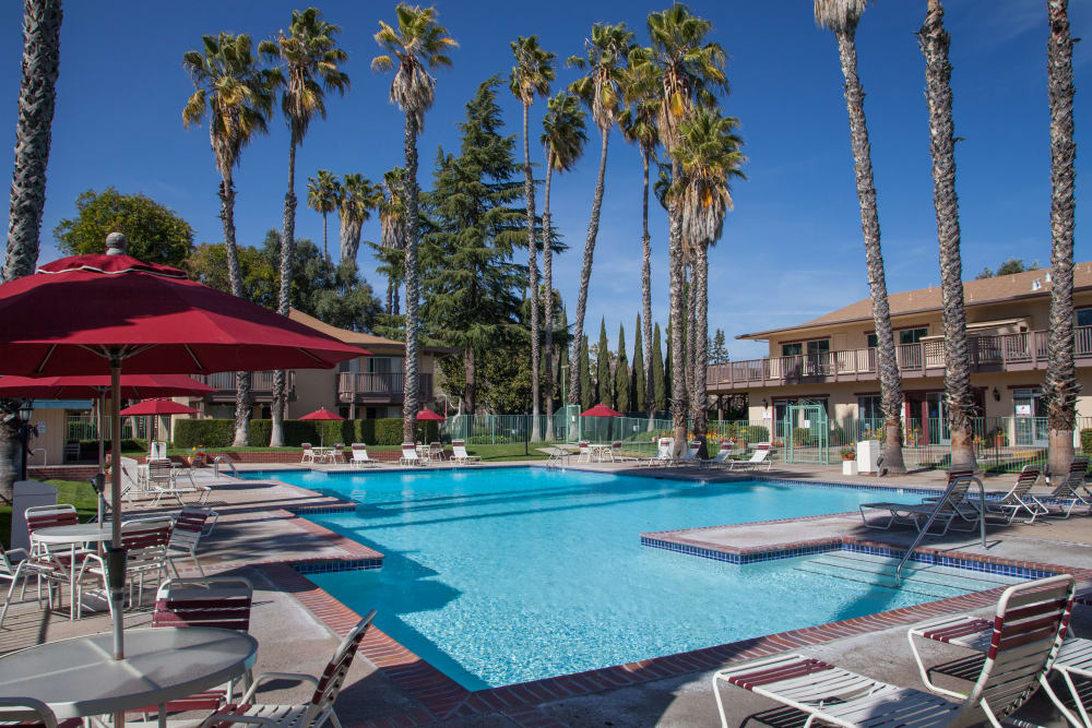 Resort-style swimming pool at Valley West Apartments in San Jose, California