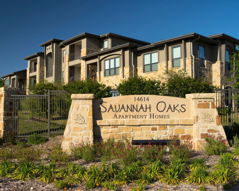 Savannah Oaks sign in San Antonio, Texas
