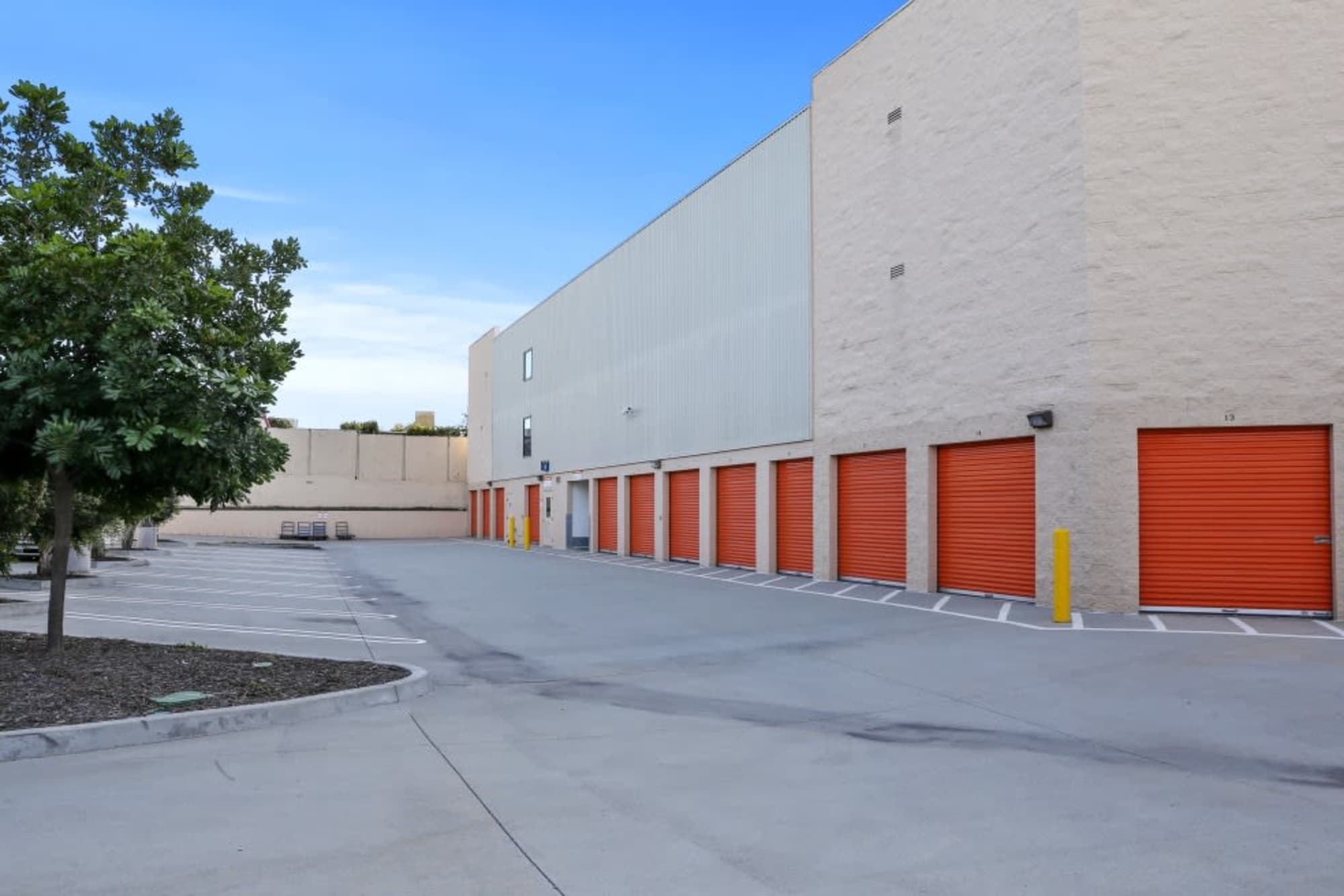 Drive-up storage in Torrance, California