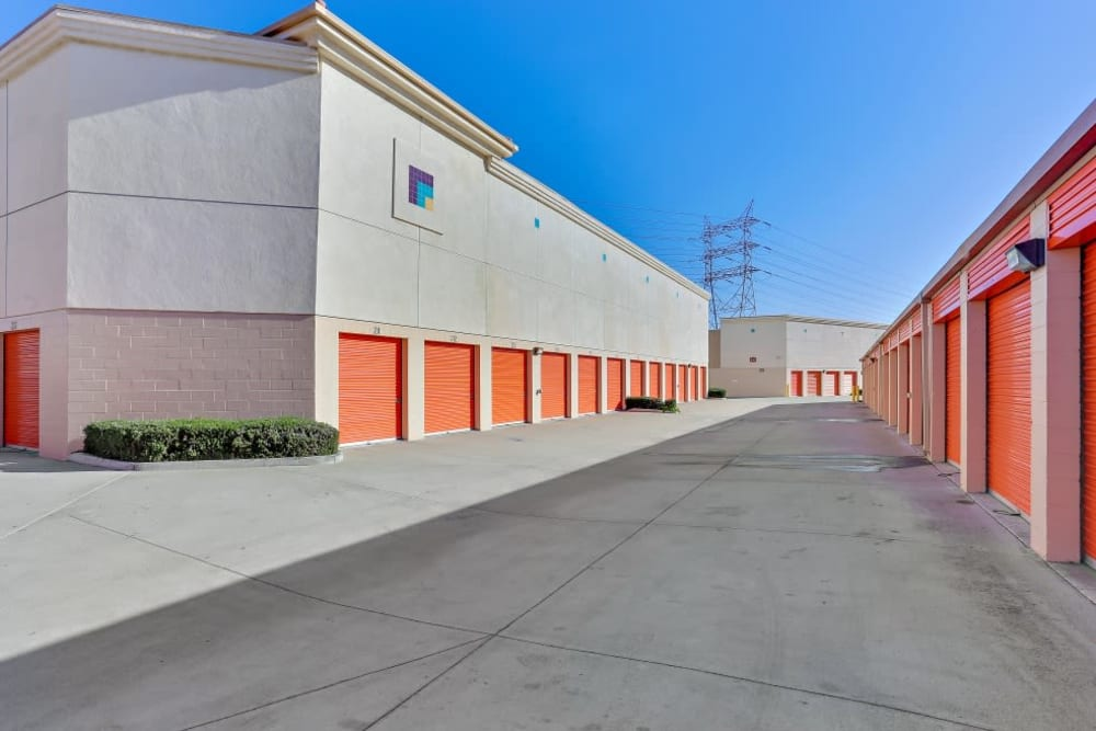 Rows of easy-access outdoor storage units at A-1 Self Storage in Paramount, California