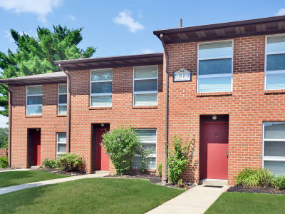 Enjoy the neighborhood at Sherwood Village Apartment & Townhomes