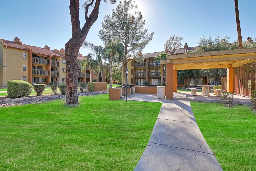 Our beautiful apartments in Phoenix, Arizona showcase walking paths
