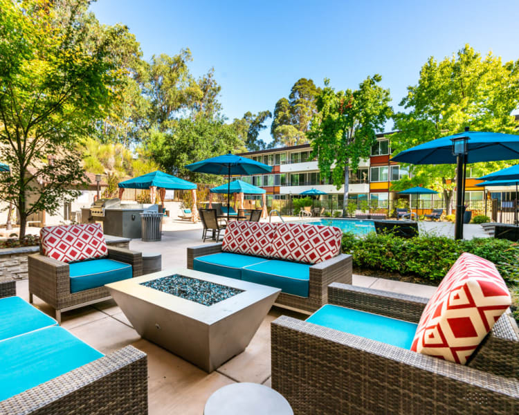 Cozy seating around the fire pit at Sofi Belmont Glen in Belmont, California