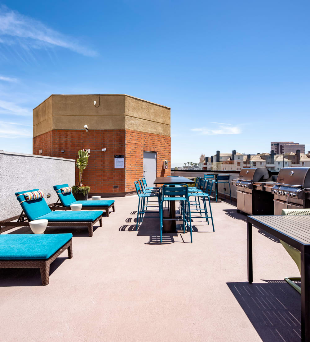 Rooftop lounge with incredible city views at Sofi at 3rd in Long Beach, California