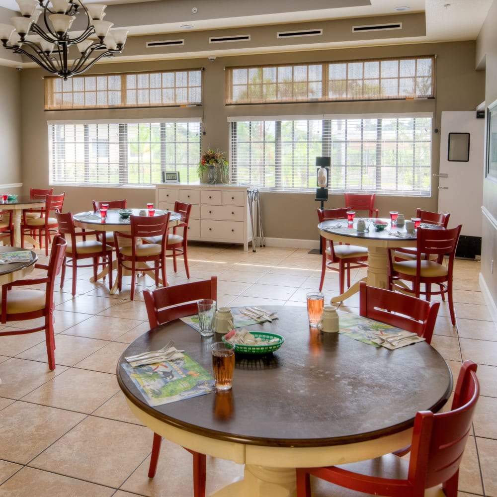 Learn about our dining program at Inspired Living at Hidden Lakes in Bradenton, Florida