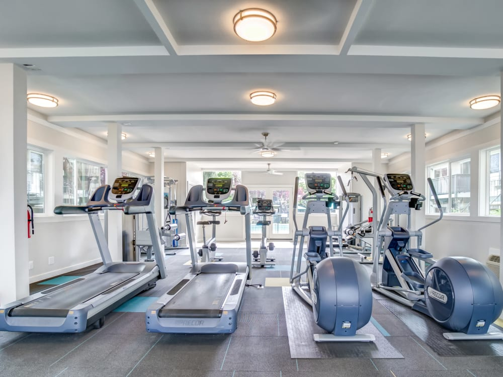 Well-equipped onsite fitness center at Sofi at Los Gatos Creek in San Jose, California