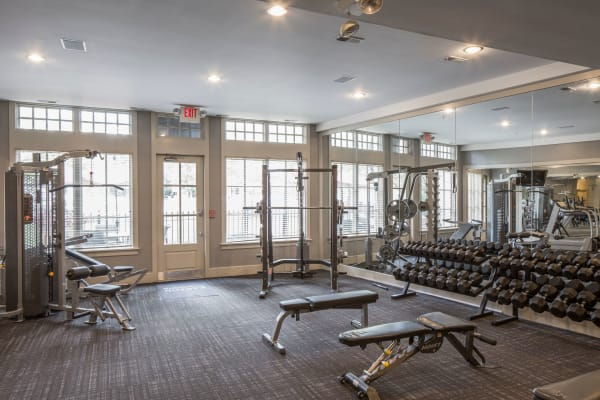Community gym at Easton Commons Apartments & Townhomes in Columbus, Ohio