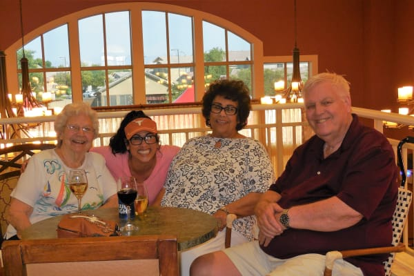 Residents enjoying lunch at The Groves, A Merrill Gardens Community in Goodyear, Arizona.