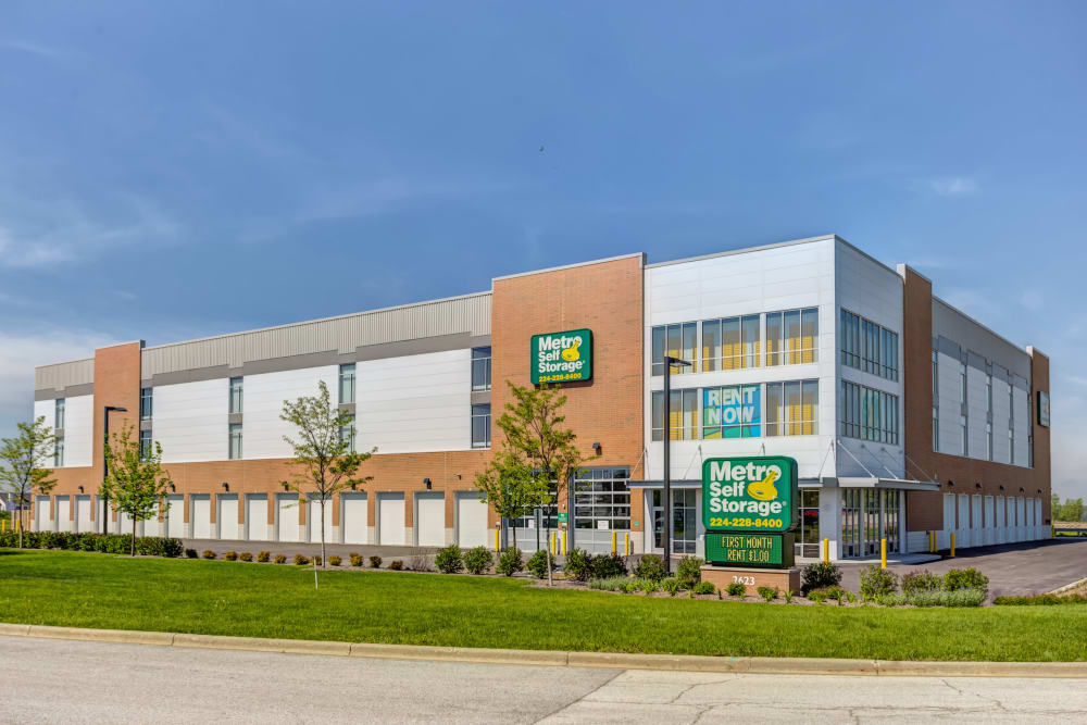 Sign and exterior view of office at Metro Self Storage in St. Charles
