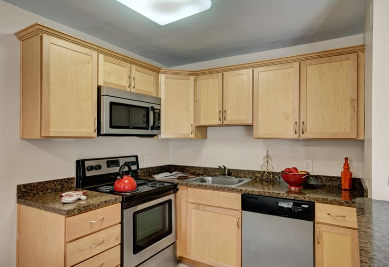 Fully equipped kitchen at Ridley Brook Apartments in Folsom, Pennsylvania