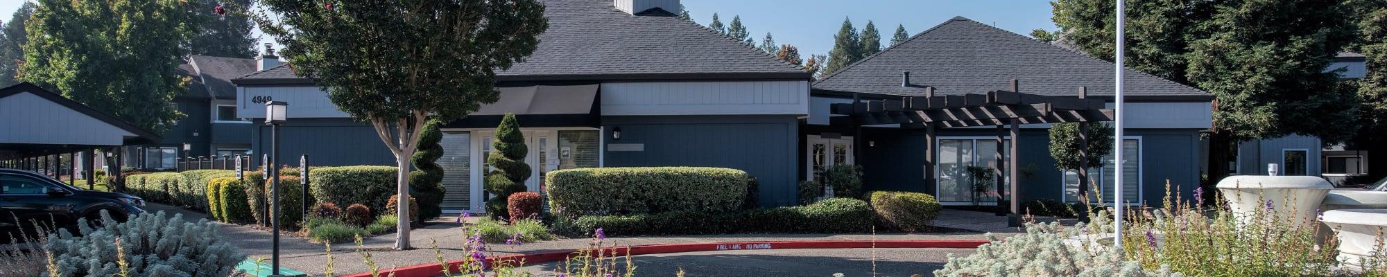 Photo gallery at Park Ridge Apartment Homes in Rohnert Park, California