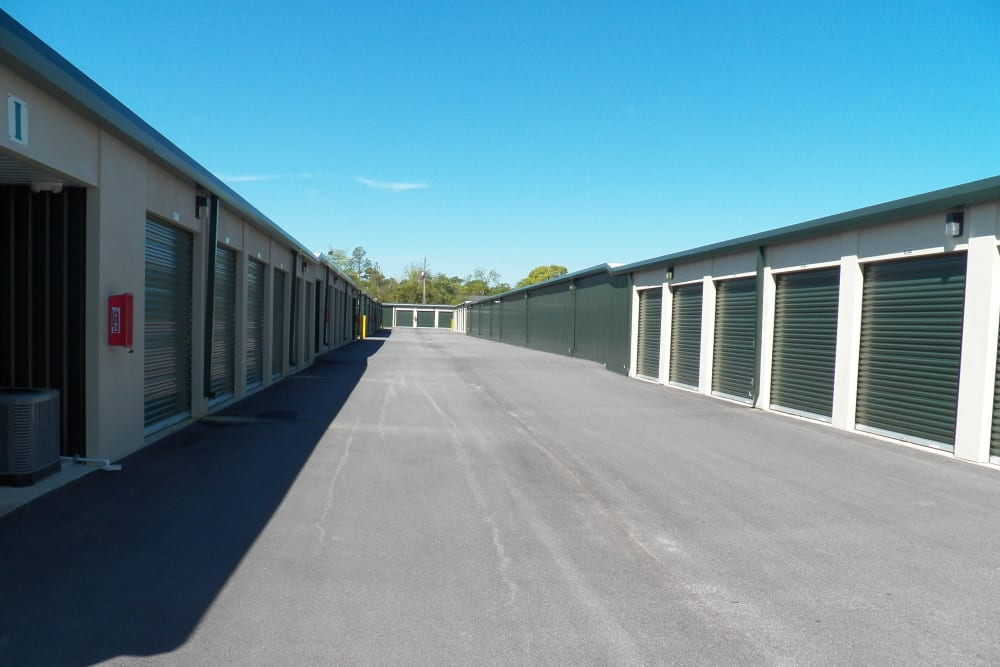 Large driveways at Breezy Hill Self Storage in Graniteville, South Carolina