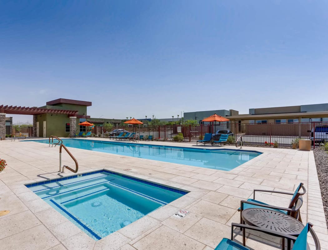 Resort-style swimming pool at Avilla Camelback Ranch in Phoenix, Arizona