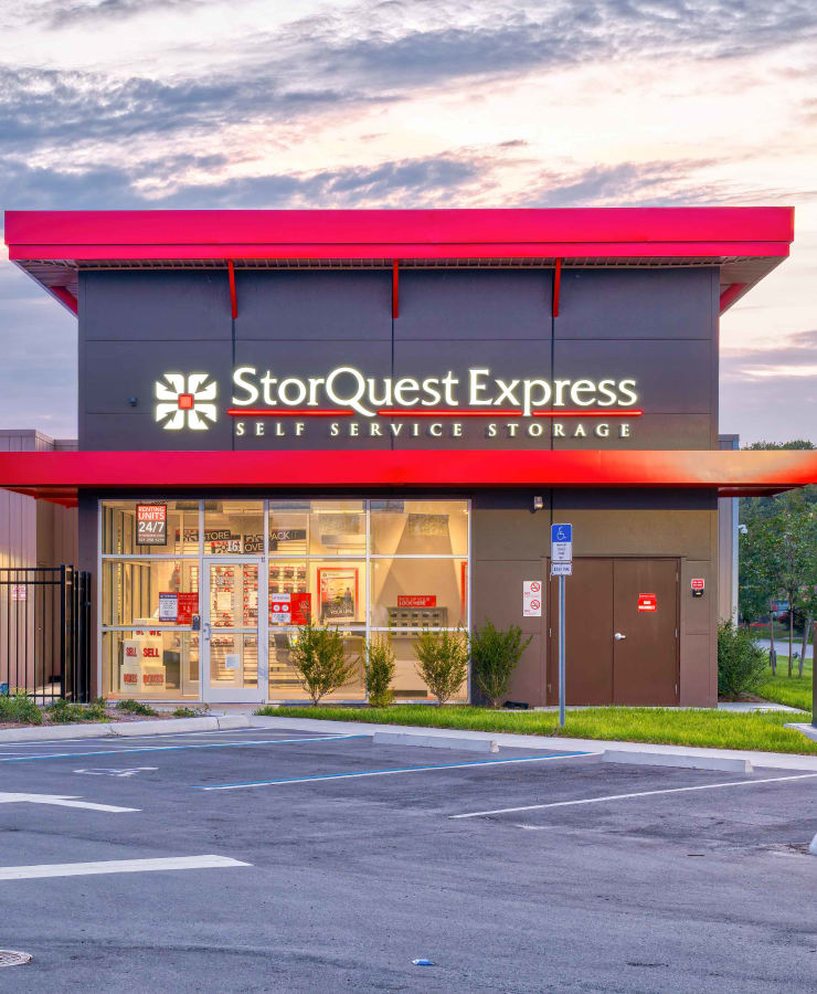 The exterior of the main entrance at StorQuest Express - Self Service Storage in Kissimmee, Florida