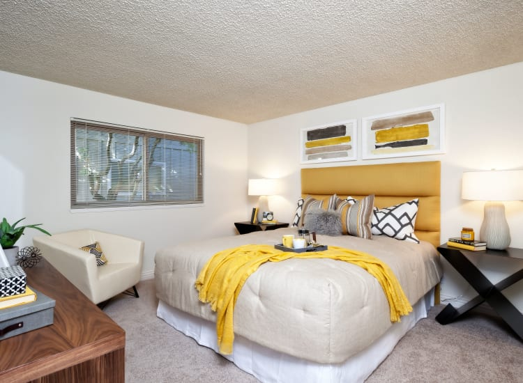 Wonderful apartment features offered at The Shadows Apartments in Mountain View