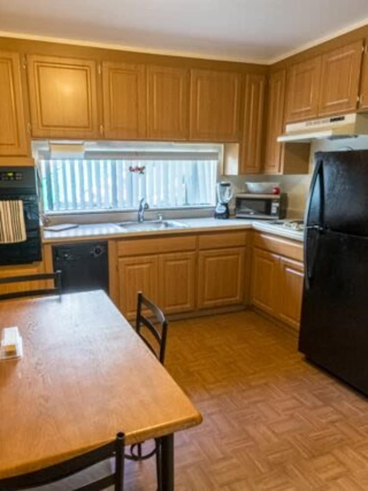 Well Equipped Kitchen at Whispering Oaks in Concord, CA