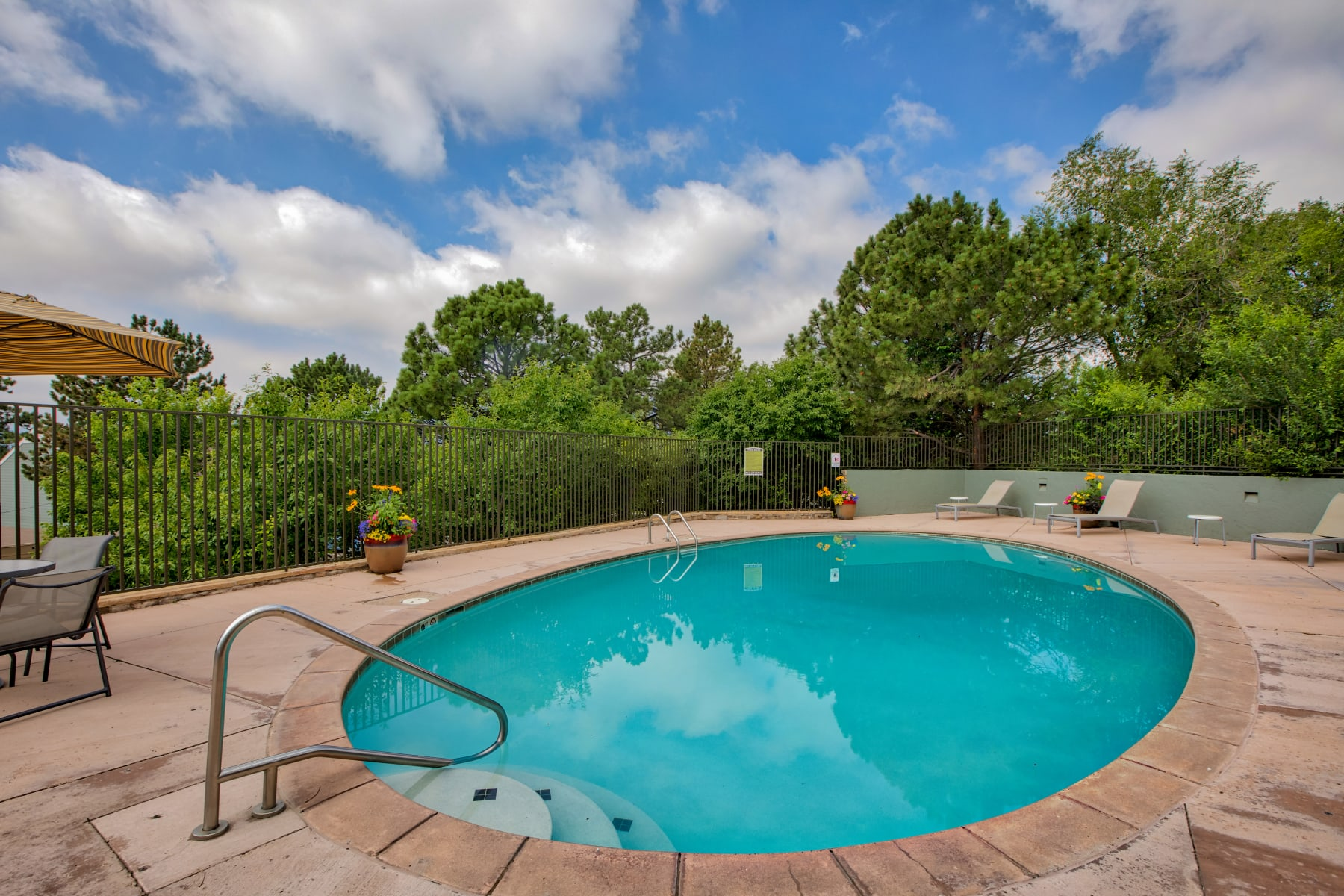 Hot Tub at The Knolls at Sweetgrass Apartment Homes in Colorado Springs, Colorado