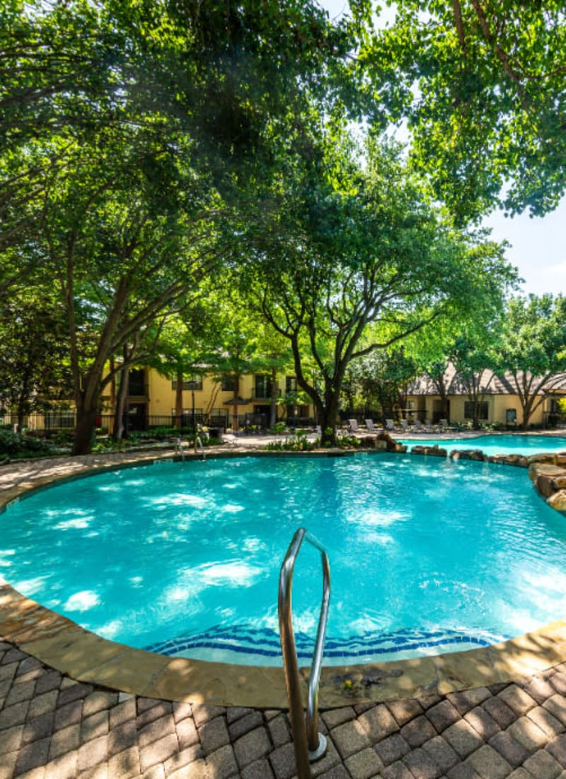 View our amenities at Marquis at Waterview in Richardson, Texas