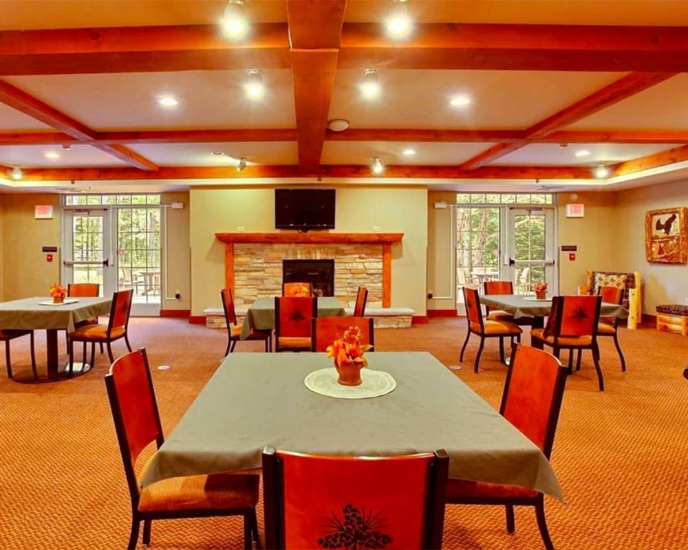Large resident dining room at Milestone Senior Living in Eagle River, Wisconsin.