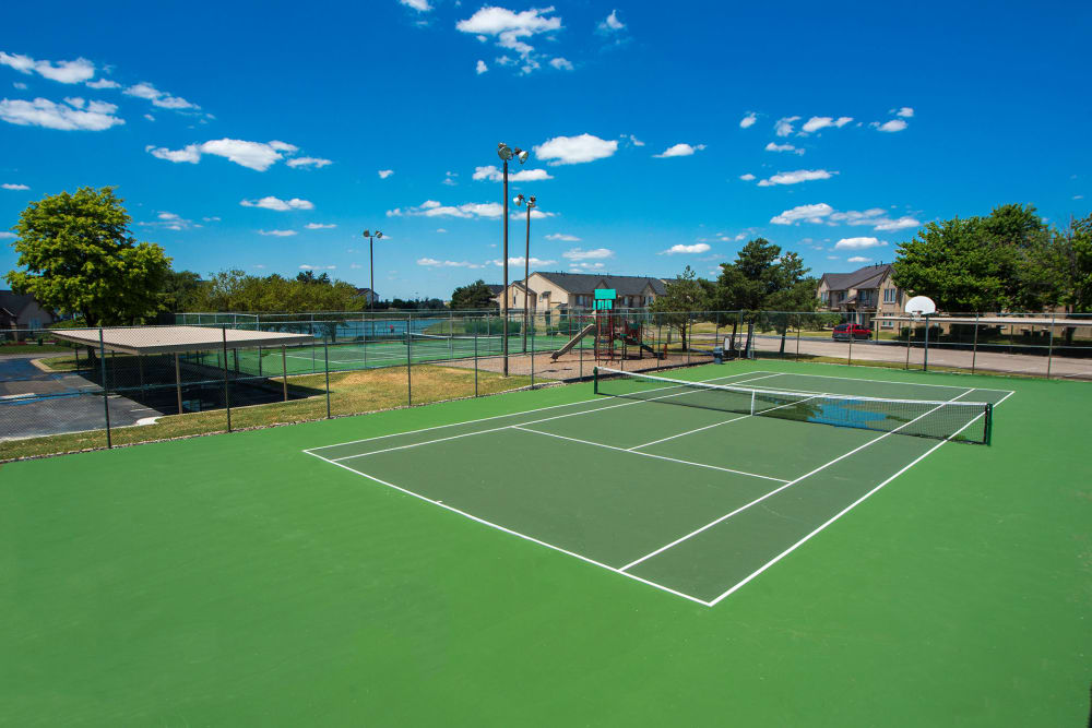 Green tennis court at Lakeside Terraces in Sterling Heights, Michigan