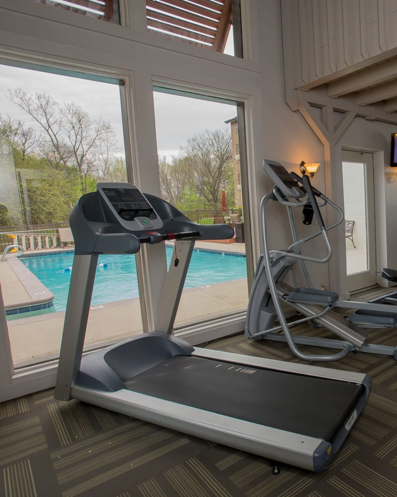 Fitness center at Polo Run Apartments in Tulsa, Oklahoma