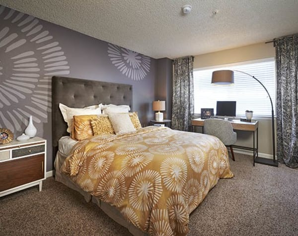 Masterbedroom at Arapahoe Club Apartments in Denver,