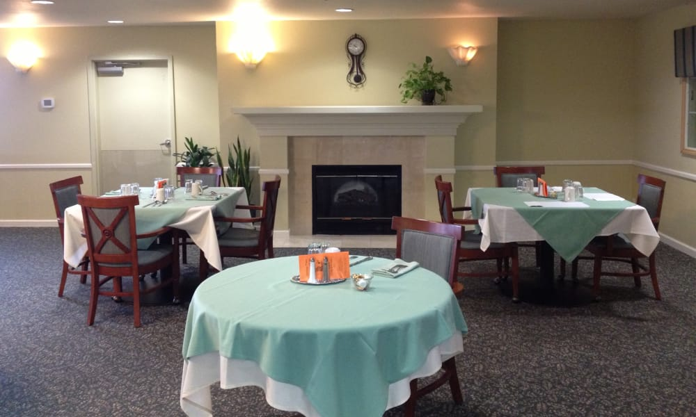 Dining room at Pacific View Senior Living Community in Bandon, Oregon