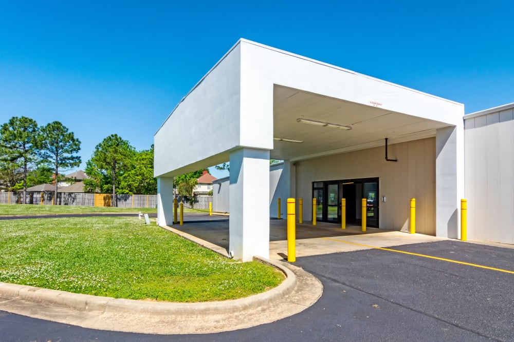 Outside entrance at Metro Self Storage in Montgomery, Alabama