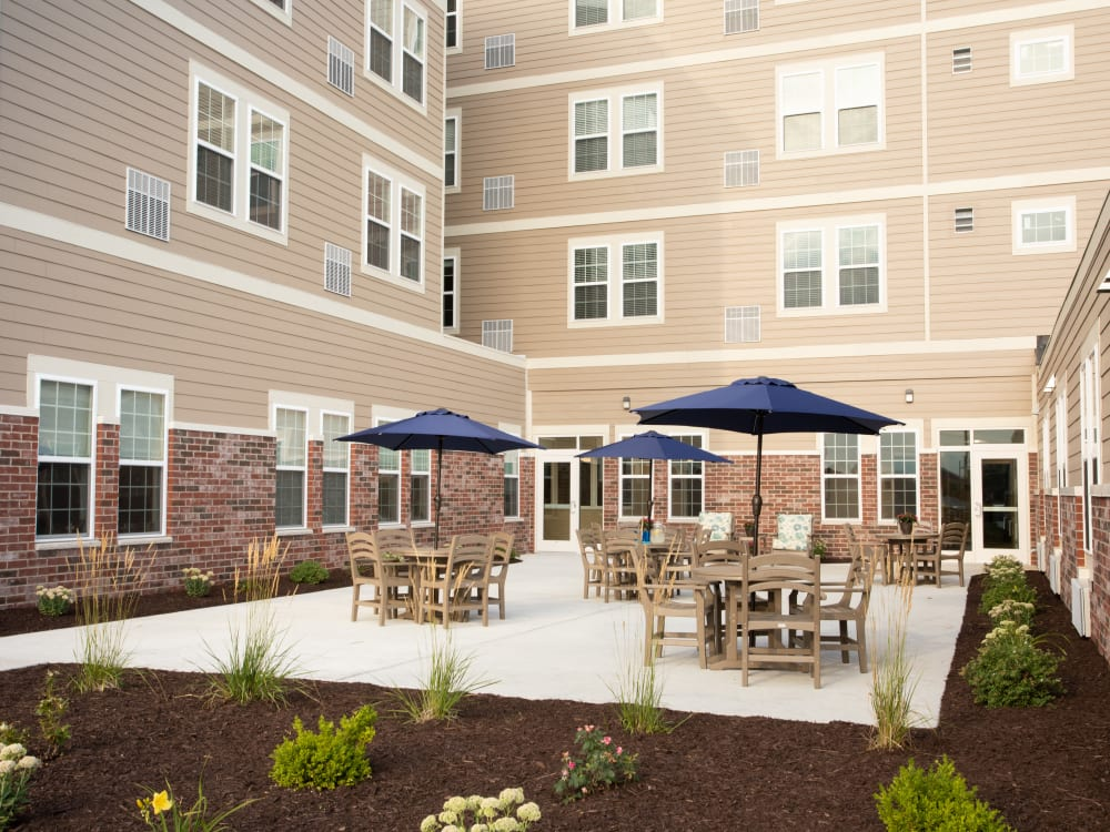Central community courtyard at Serenity in East Peoria, Illinois