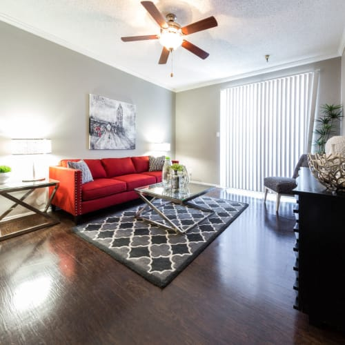 Flexible Lease Terms at Marquis at Legacy in Plano, Texas