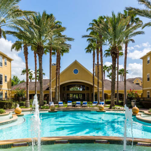 Resident referral bonus at Marquis at Clear Lake in Webster, Texas