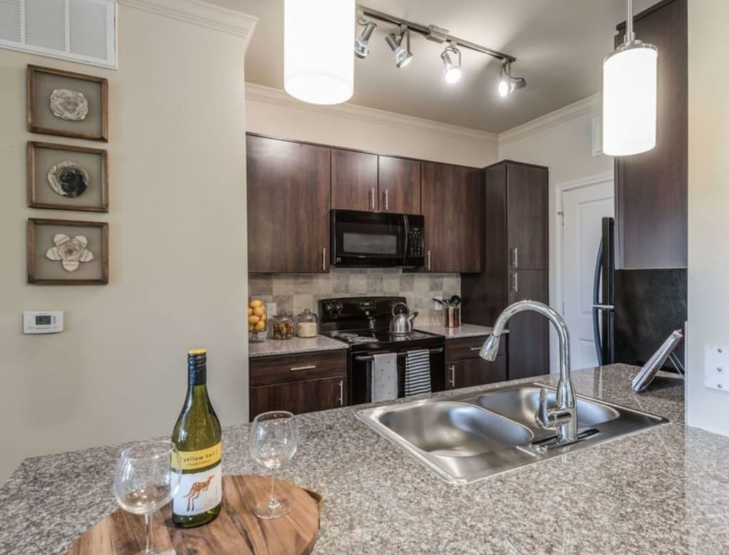 Apartment features at Heights West 11th in Houston, Texas