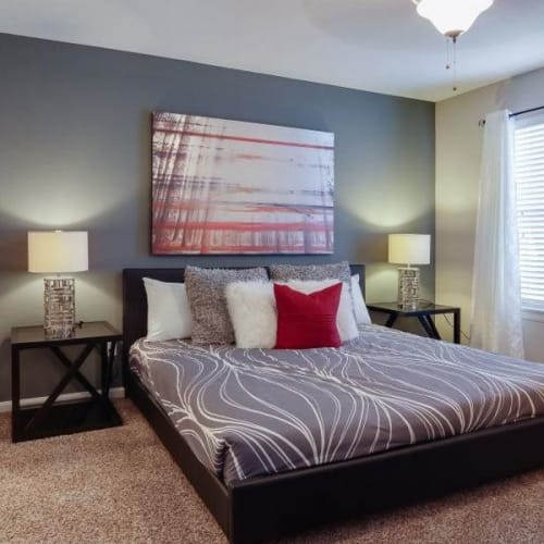 View virtual tour for 1 bedroom 1 bathroom unit at Aurora Place in Houston, Texas