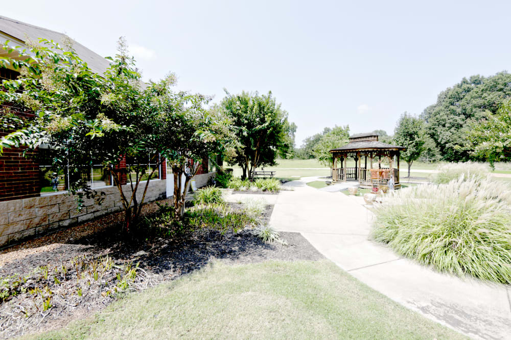 Walking paths and a gazebo at Providence Assisted Living in Batesville, Mississippi.