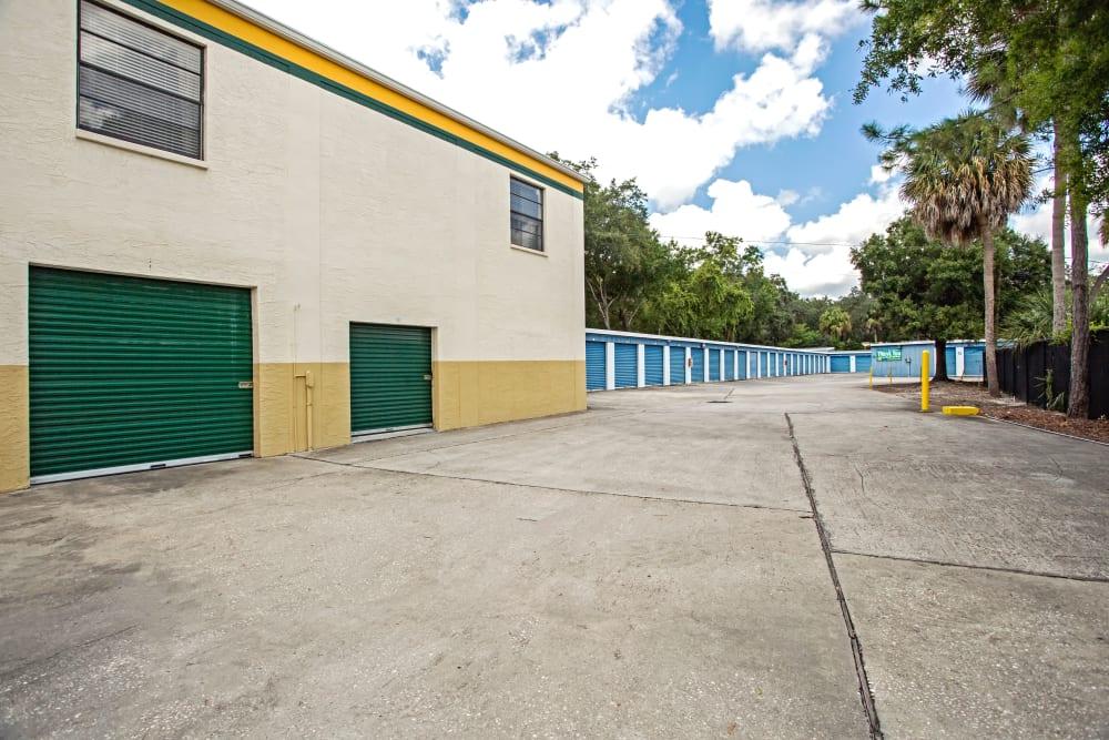 Loading dock exterior view at Metro Self Storage in Tampa, Florida