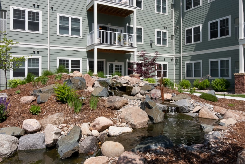 The water feature at Applewood Pointe of Bloomington at Southtown in Bloomington, Minnesota.