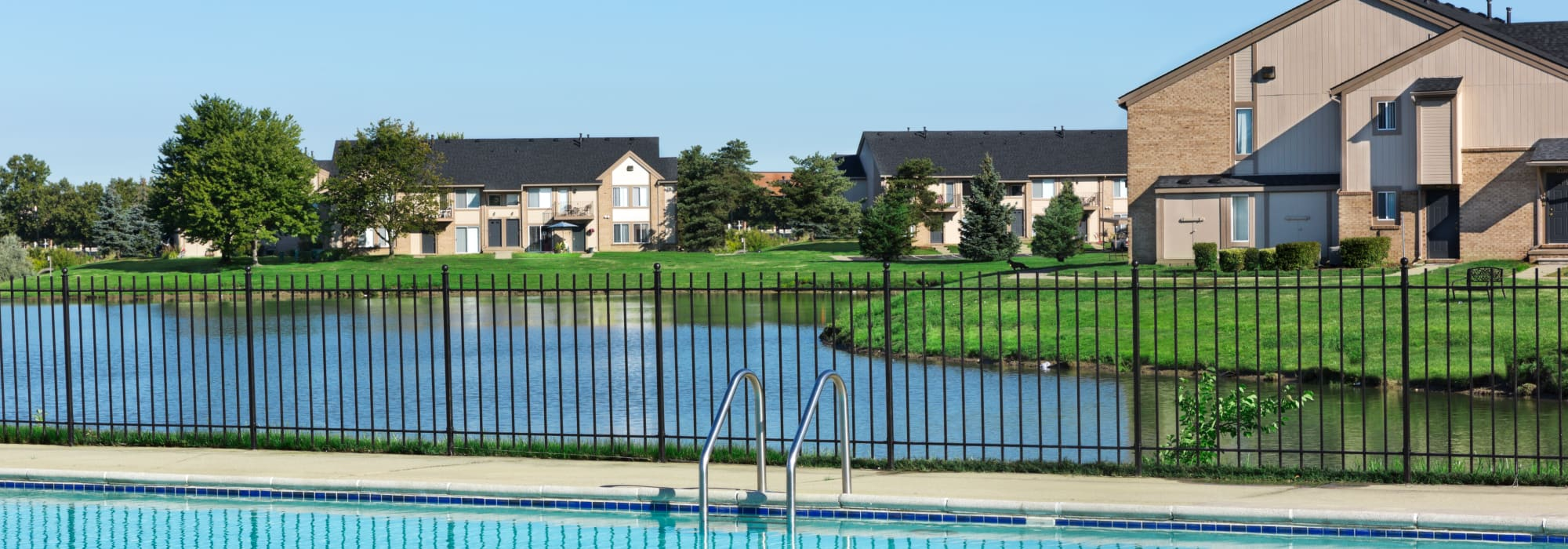 Apartments at Lakeside Terraces in Sterling Heights, Michigan