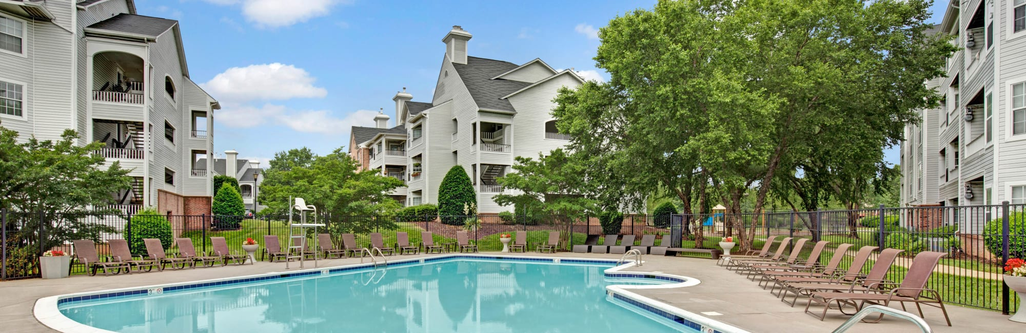 Apartments at Sussex at Kingstowne in Alexandria, Virginia